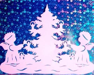 ангелы и елка