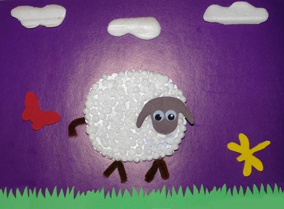 Из чего же все сделано?  Овечка.  Шерсть овечки - пенопластовые шарики.  Можно... источник.